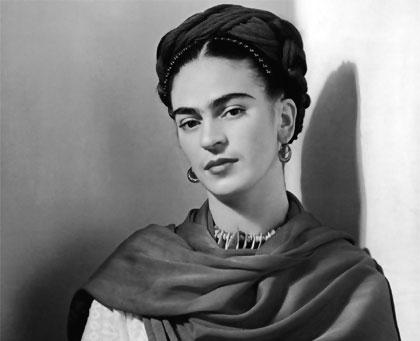 Frida Kahlo -12 imágenes de mujeres que han marcado la historia